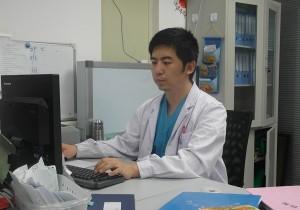 李清晨:写科普书的外科医生