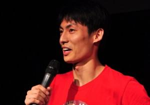 田多多:上戏工科男的业余喜剧演员路