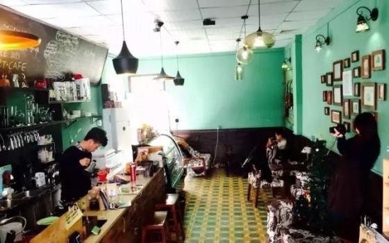 卢俊鑫:在一个嗜茶如命的城市怎么卖咖啡?| 潮州肖像之一