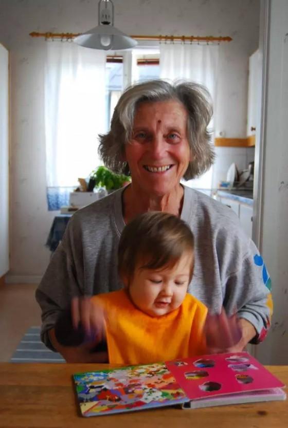 和阿尔兹海默症斗争的Vera,以及她的秘密
