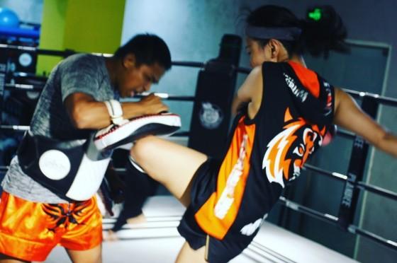 中国女生也开始对学泰拳感兴趣了? | 中国三明治