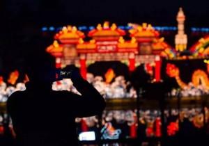 重庆沙坪坝的春节:回家过年的人少了,我家打麻将的人也少了 | 在地计划