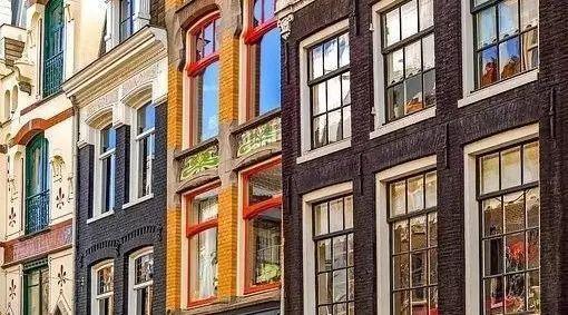 在荷兰,愿意和你去市政厅登记的,都是真爱