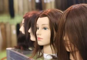 中国人在海外的头发烦恼   世界药丸