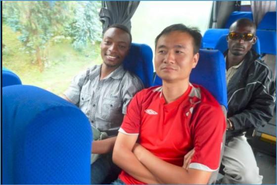 胡剑龙:为什么我离开北京,来到印度自由写作 | 写作者访谈