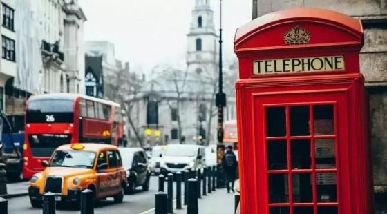 """在伦敦肯德基打工,我怎样和""""印度帮""""斗智斗勇"""