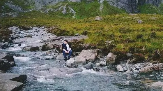 一个研究中文诗的亚美尼亚人,想起祖国的语言危机 | 世界药丸