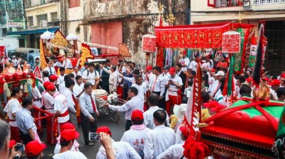我问在缅甸的华人,自昂山素季获得自由的七年来,生活有什么变化? | 破茧